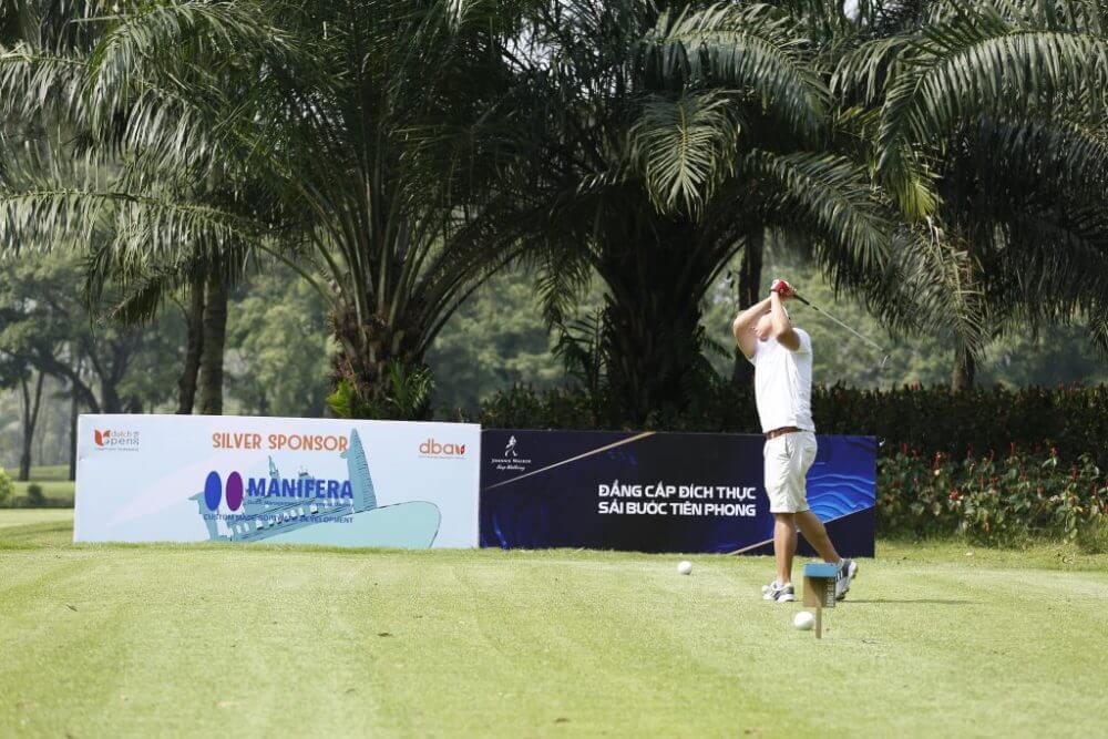 Manifear-Golf-tournament-1