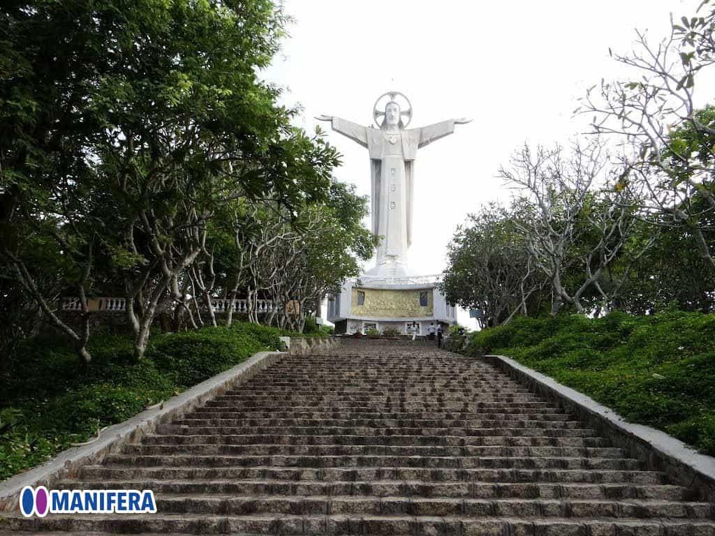 Manifera Company Trip 2020 - Vung Tau City - Visit Christ Statue 1