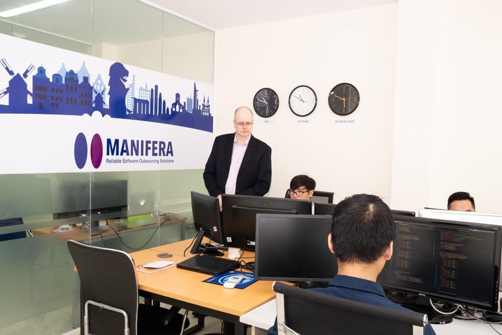 about-manifera-9