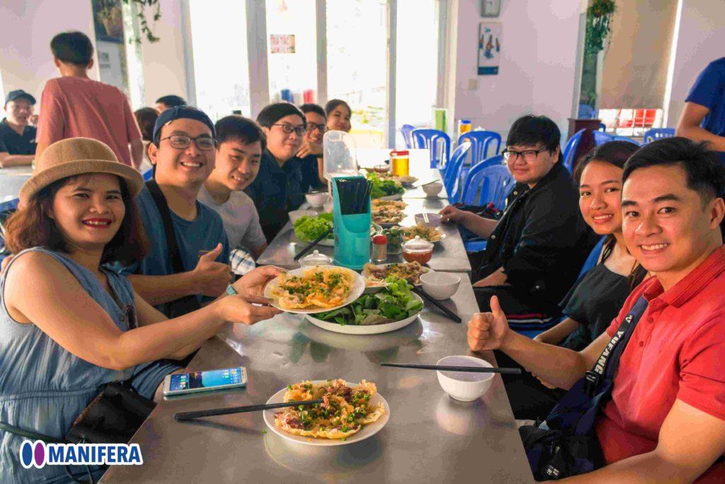 Manifera Company Trip 2020 - Vung Tau City - Breakfast - Pho & Banh Khot